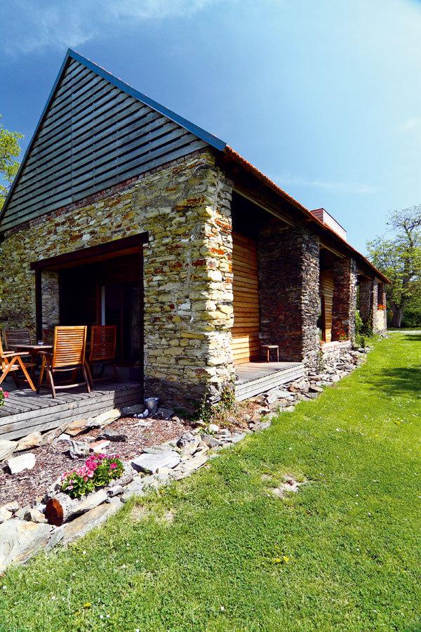 Rekonstrukce stodoly na rodinný dům