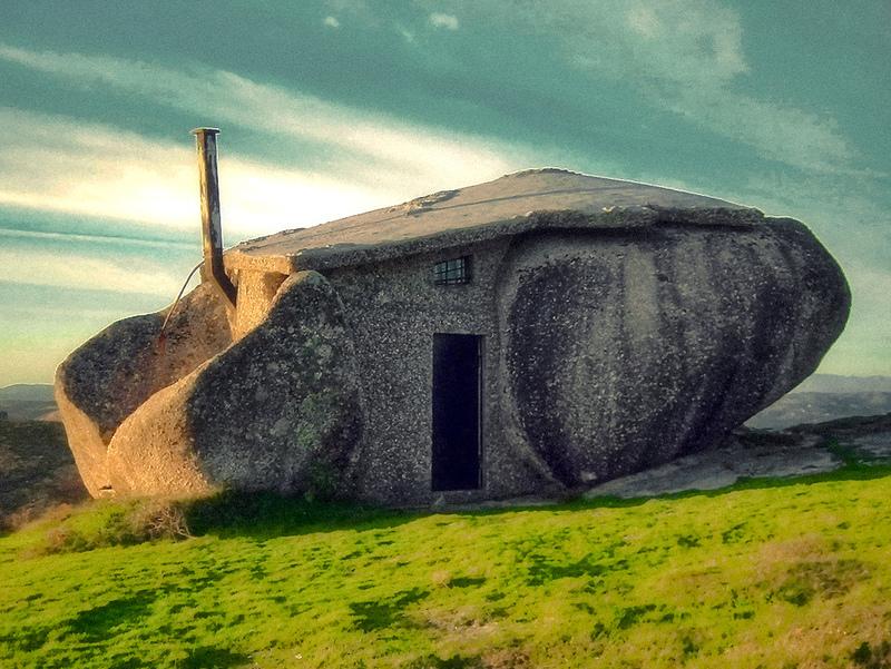 dum, Casa do Penedo, kamenný dům