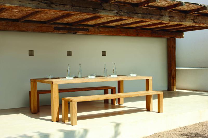 Záhradní nábytek