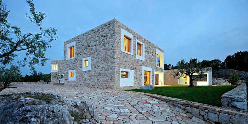 Kamenný rodinný dům v Bijače