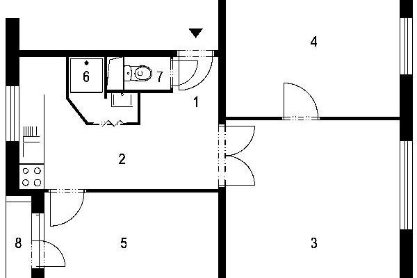 4 v bytě a pes