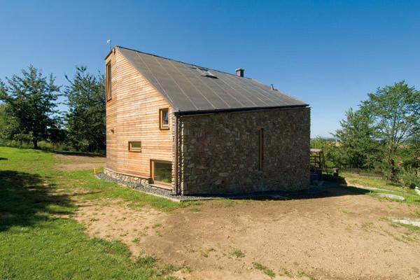 Netradiční dům v Hoštičkách