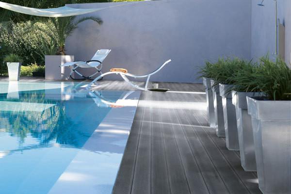 Výjimečná letní sleva 25% na plná woodplastic® terasová prkna REAL od francouzského výrobce Silvadec