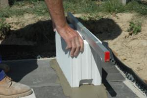 Díky zdění s užšími prvky o tloušťce jen 17,5 cm získáte i jednu místnost v domě navíc aneb 3. část pracovního postupu