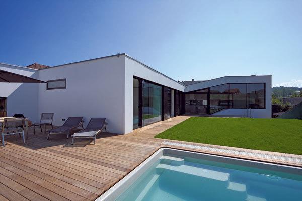 Dům inspirovaný terénem