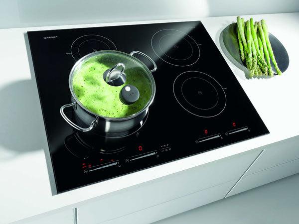 IQcook, první a jediná indukční varná deska s programem vaření v páře