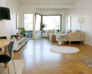 Renovace dřevěné podlahy: parkety jako nové