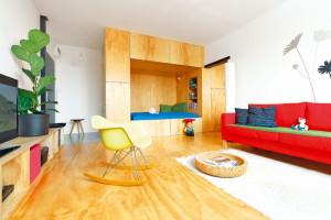Jak si šikovně vyřešili malý panelákový byt