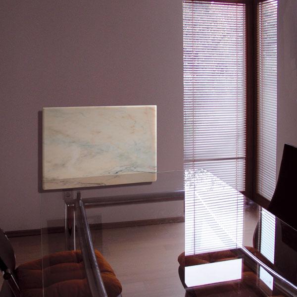 Panely vmramorovém vyhotovení jsou vhodné hlavně k vytápění reprezentativních prostorů ahal. Svoje využití však najdou i v koupelně nebo v obývacím pokoji. FOTO: Fenix Group