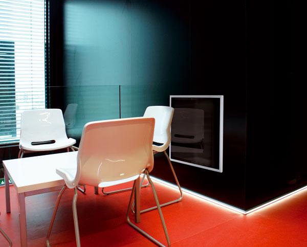 Infračervené panely představují ideální formu vytápění v nízkoenergetických domech, ve kterých minimalizují už i tak nízké náklady. FOTO: Fenix Group