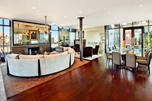 Jon Bon Jovi prodává svůj úchvatný střešní byt