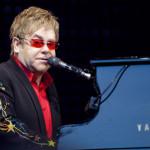 05b_wikimedia_Elton_John_in