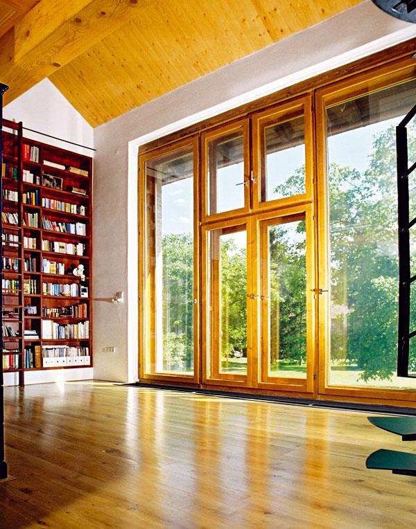 Vstupní prostory, nebo čítárna s galerií? Foto: Ing. arch. Tomáš Bezpalec