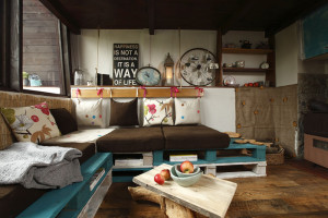Paletománie aneb Levný a originální nábytek