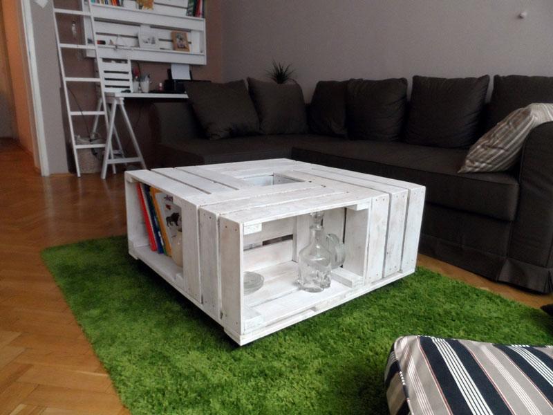 Praktický konferenční stolek na kolečkách budete milovat, zejména když dorazí návštěva. (foto: paletyonline.cz)