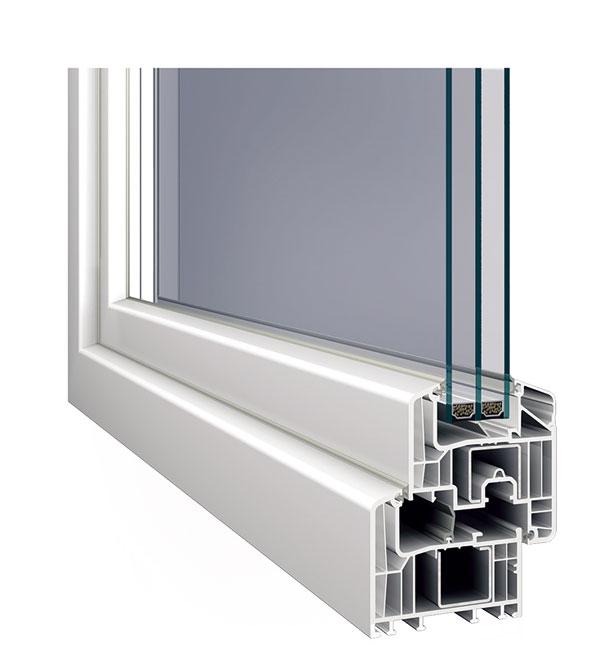 Šestikomorový profil Inoutic Eforte svynikajícími tepelněizolačními vlastnostmi (Uf = 0,95 W/(m2 . K)) astavební hloubkou 84 mm získal certifikát německého institutu pro pasivní domy vDarmstadtu. Vnabídce je 40 barev, dřevěných dekorů a fólií s perleťovou strukturou nebo hliníkovým vzhledem. Novinkou jsou také hliníkové kryty určené pro okenní profily Eforte a Prestige. foto: Inoutic