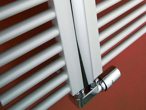 Designové radiátory Helios přináší nově barevné variace