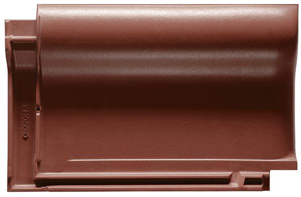Model Balance patří mezi nejoblíbenější typy keramické střešní krytiny u nás. Na střeše vytváří příjemný optický efekt vlny s charakteristicky čistými liniemi, čímž oslovuje velký okruh zákazníků.  foto: EBM Co., s.r.o.