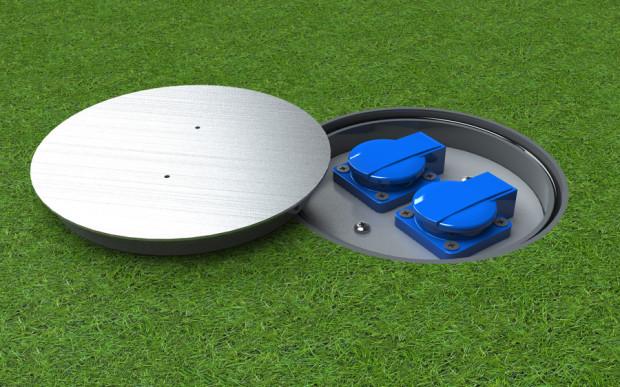 Venkovní zásuvka s dostatečným krytím (IP67) proti vodě nebo prachu.