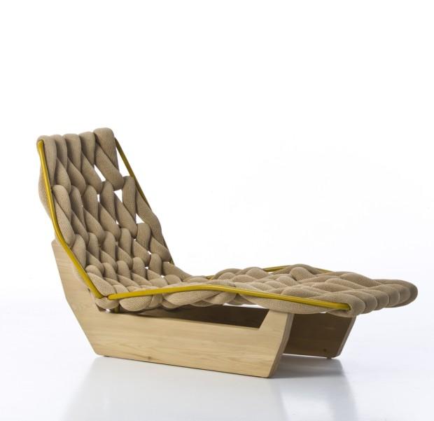 Pohodlné lehátko Moroso Biknit, dřevěná konstrukce s vlněným výpletem, 64 × 155 × 92 cm, cena na vyžádání, Konsepti