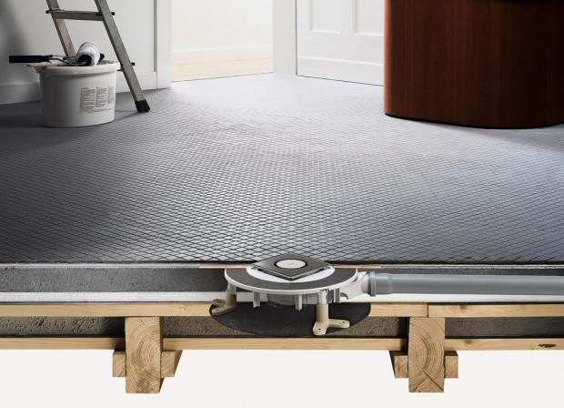 S pouhými 70 milimetry montážní výšky zvládá velmi plochý koupelnový odtok Advantix i ty nejobtížnější montážní situace. Ideální pro rekonstrukce. (Foto: Viega)