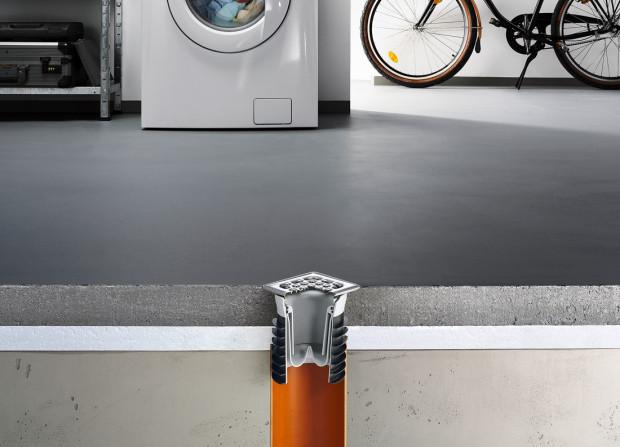 Také ve sklepě nebo v garáži je třeba myslet na výkonné odtoky. Jelikož zde bývá často umístěna např. pračka, měly by být upřednostňovány odtoky se zápachovou uzávěrou. (Foto: Viega)