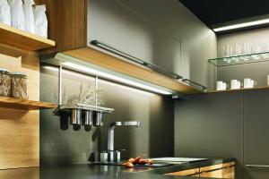 Plocha za kuchyňskou linkou – praktická, elegantní