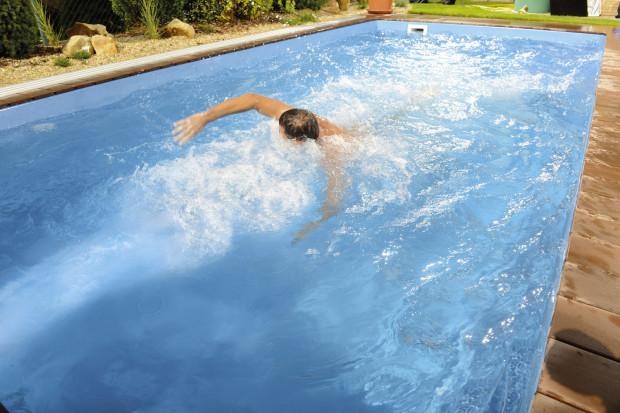 Vodní proud dokáže vytvořit silnou překážku a umožnit tak plavání na místě, které si vychutnají i zdatní plavci. (foto: Mountfield)