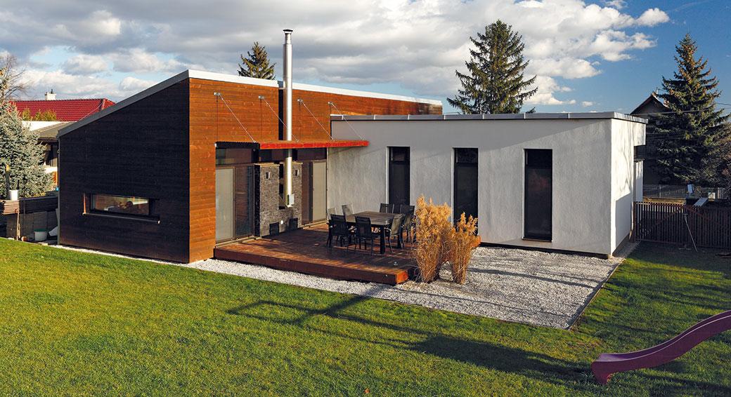 Jakou životnost má dřevěná fasáda? Natřít, či nikoliv