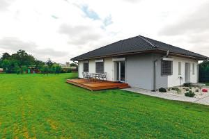 Pasívní dům v Kravařích postavili z velké míry svépomoci