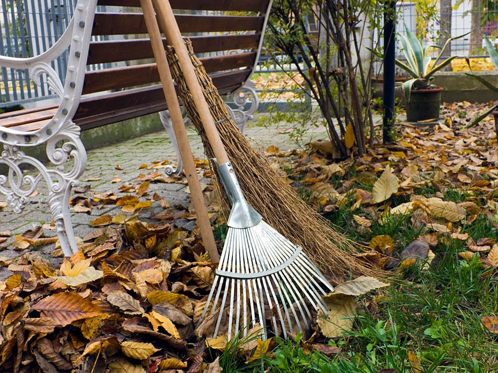 Příprava trávníku k zimnímu spánku