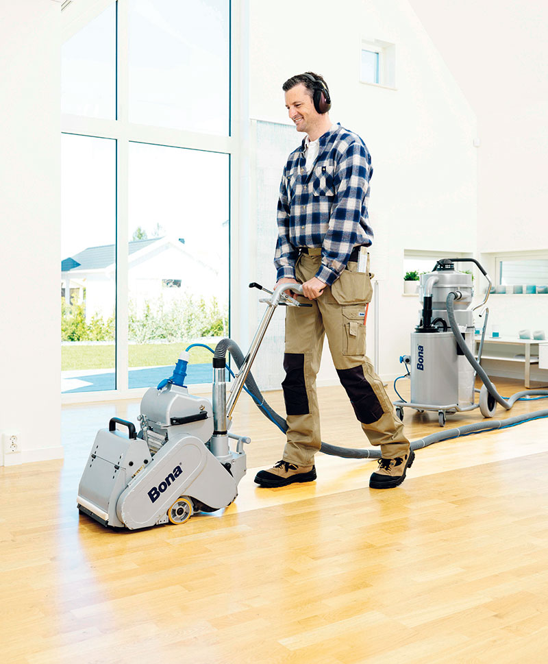 Bezprašný systém odsávání DCS nabízí zdravější apohodlnější práci, při níž neuniká do ovzduší žádný prach. (foto: Bona)