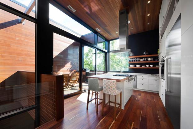 Třetí pak společné obytné prostory s kuchyní, jídelnou a obývákem.