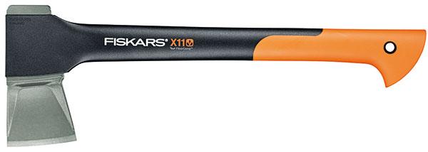 Fiskars X11, štípací sekera na štípání malých polen apřípravu třísek do krbu akamen, kovaná čepel zkarbonové oceli skluzným povrchem aergonomicky tvarované topůrko, záruka 10 let, 1 390 Kč foto: Fiskars