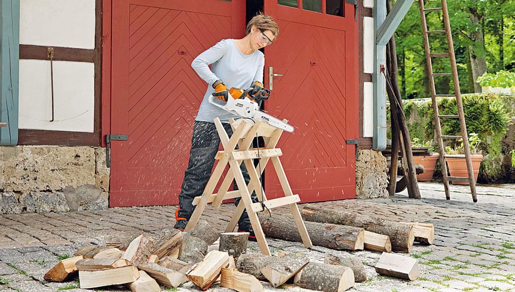 Výběr motorové pily a příprava dřeva na zimu