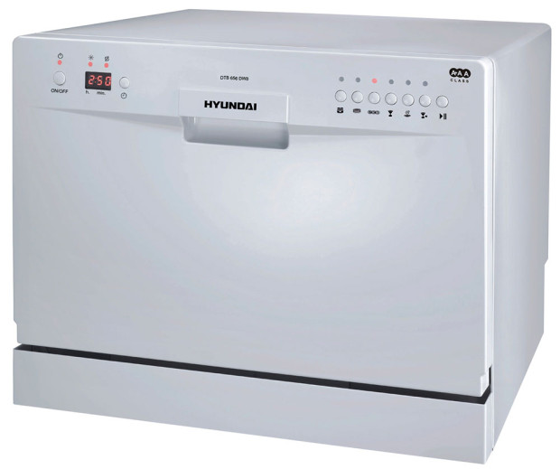 Myčka nádobí Hyundai DTB656DW8. Stolní myčka Hyundai je díky svým rozměrům vhodná do malých kuchyní, kanceláří nebo na chaty. Disponuje 6 programy mytí, jako je například intenzivní mytí, mytí skla nebo rychlé mytí. LED ukazatele upozorní na nedostatek soli či leštidla. Do této stolní myčky umístíte až 6 sad nádobí. Cena: 5990 Kč