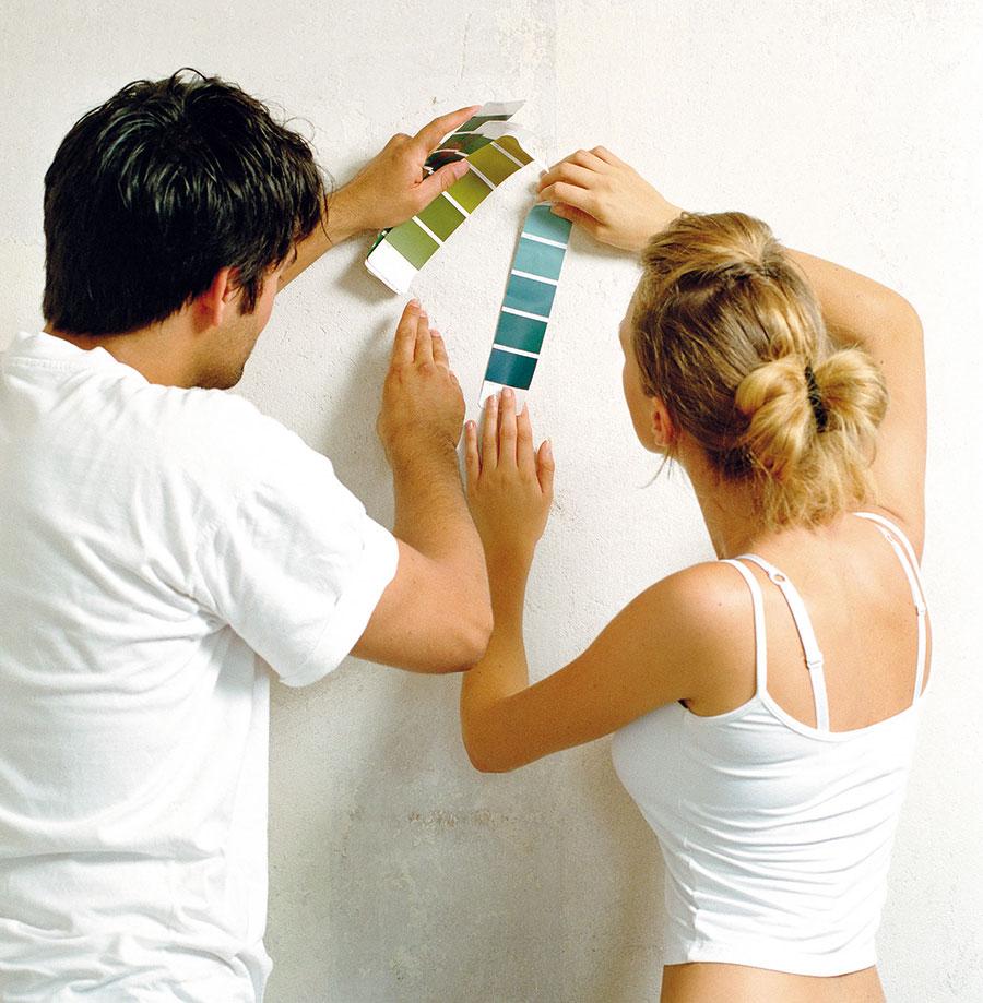 Barvu vybírejte pečlivě a s ohledem na pocity všech, kdo v interiéru pobývají.