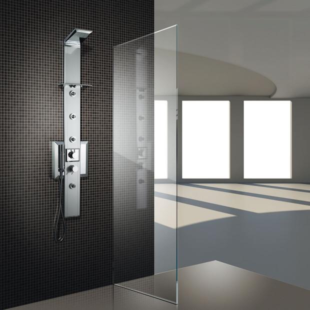Sprchový hydromasážní panel Prisma 140 je k dostání ve dvou barvách, jako klasický chromový a černý.(foto: Keramika Soukup)