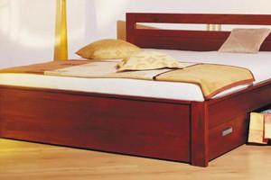 Nechte si vyrobit kvalitní postel z masivu přímo v truhlářství