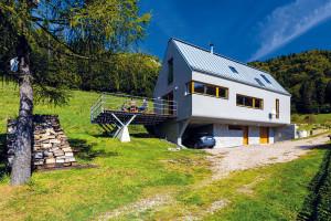 Dům, který si rozumí s krajinou