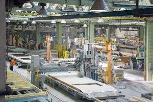"""Montované domy se zvětší části """"vyrábějí"""" vtovárnách navýrobních linkách. FOTO RD RÝMAŘOV"""
