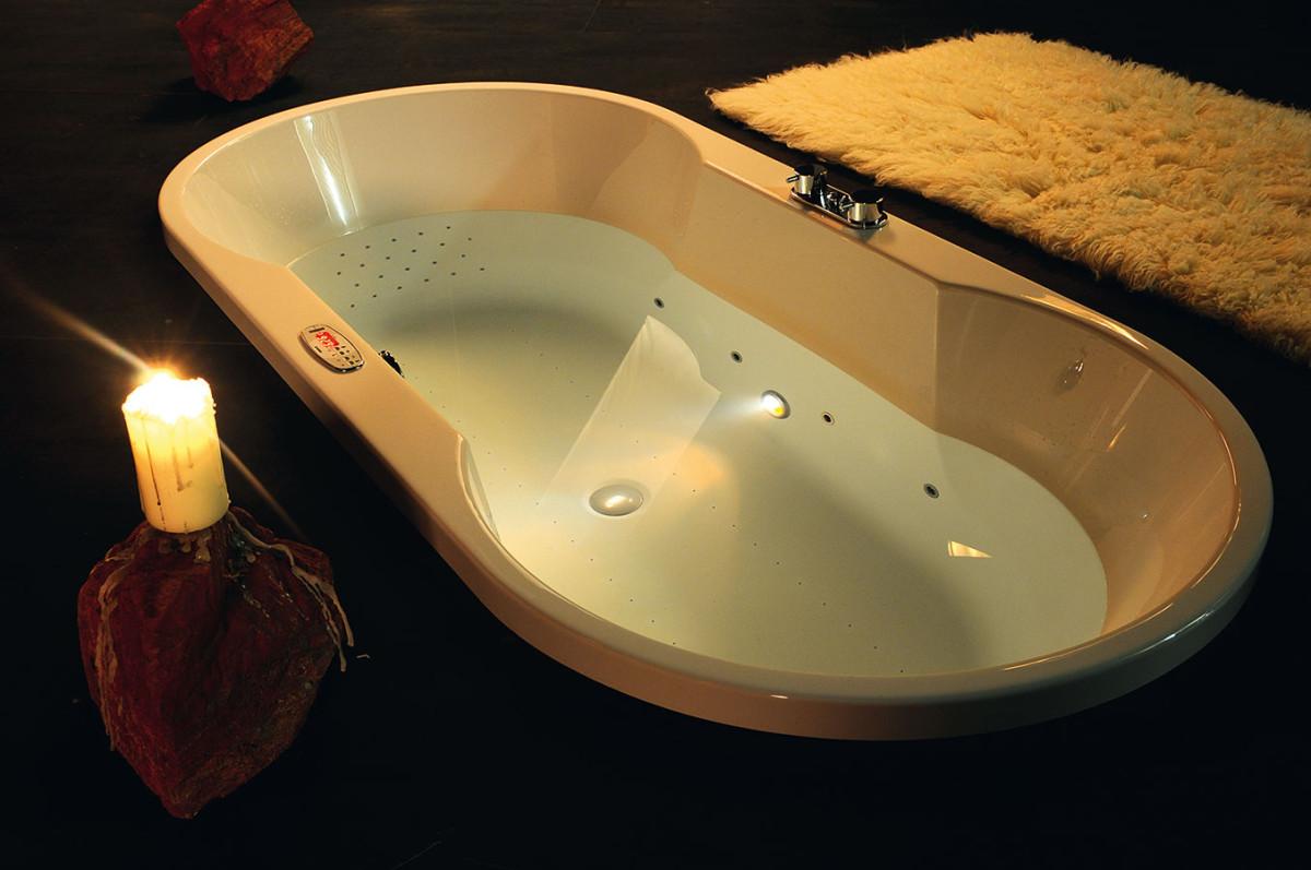Jakou a za kolik? Kvalitní akrylátová masážní vana s běžnými rozměry, s komponenty Koller, vhodná do standardní koupelny se s pneumatickým ovládáním dá koupit za méně než 30 000 korun. Ve velké koupelně však zvažte větší, atypicky tvarovanou vanu či vanu pro dva.