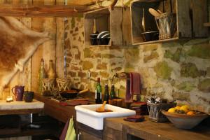 Rustikální kuchyně - HOME Bydlení