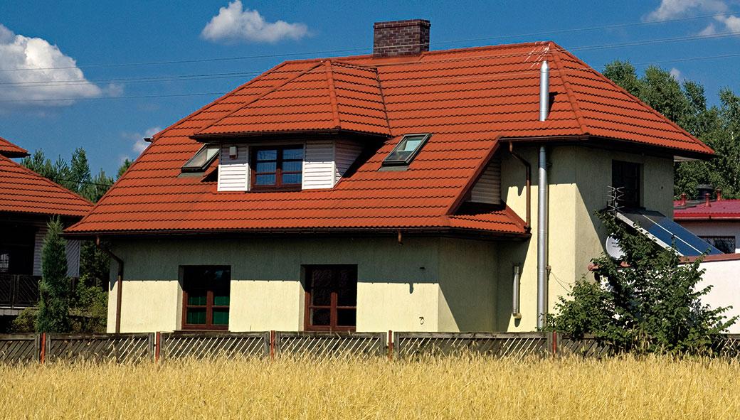 Šikmá versus plochá střecha