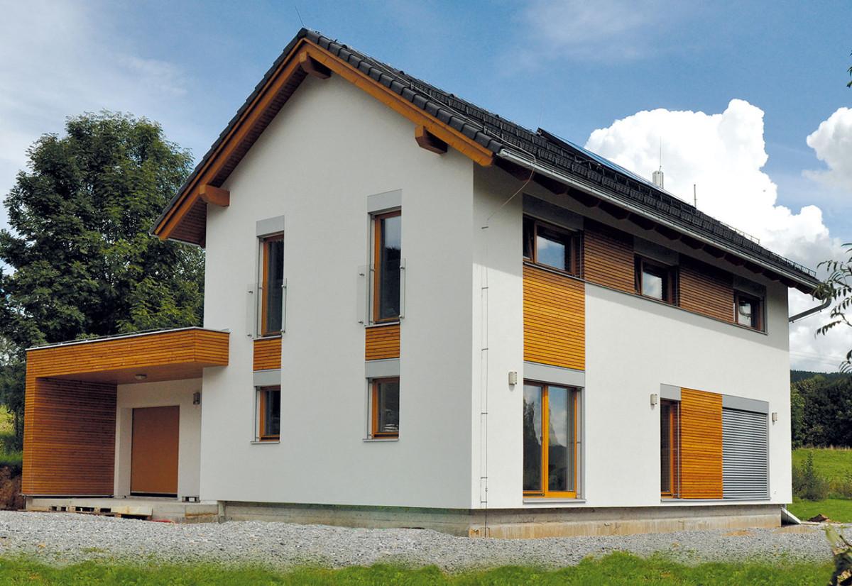 Dům DRAGON 130 Evo má difuzně otevřenou konstrukci vyplněnou minerální vatou. FOTO RD Rýmařov