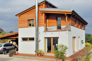 Dům KUBIS Lumio má vkonstrukci dřevovlákno akonopné rohože. FOTO RD Rýmařov