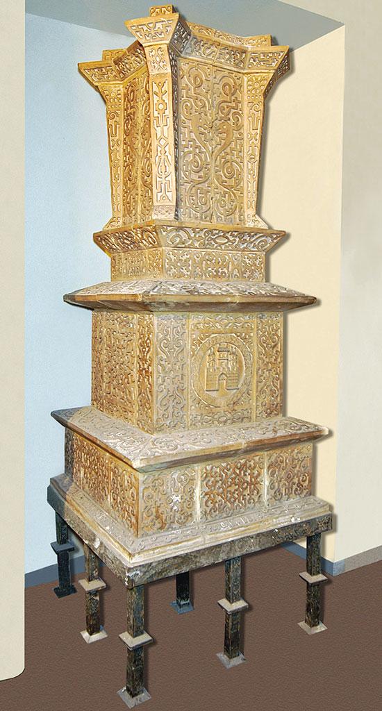 Kamna inspirovaná orientálním uměním jsou vyrobena zneglazovaných keramických bloků, které mají odkazovat na vyřezávané dřevěné prvky ozdobného orientálního nábytku. FOTO VLADIMÍR INSTITORIS