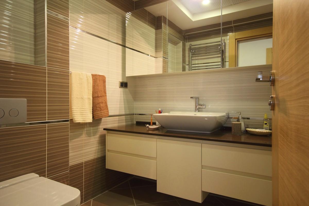 Moderní koupelnové skříňky