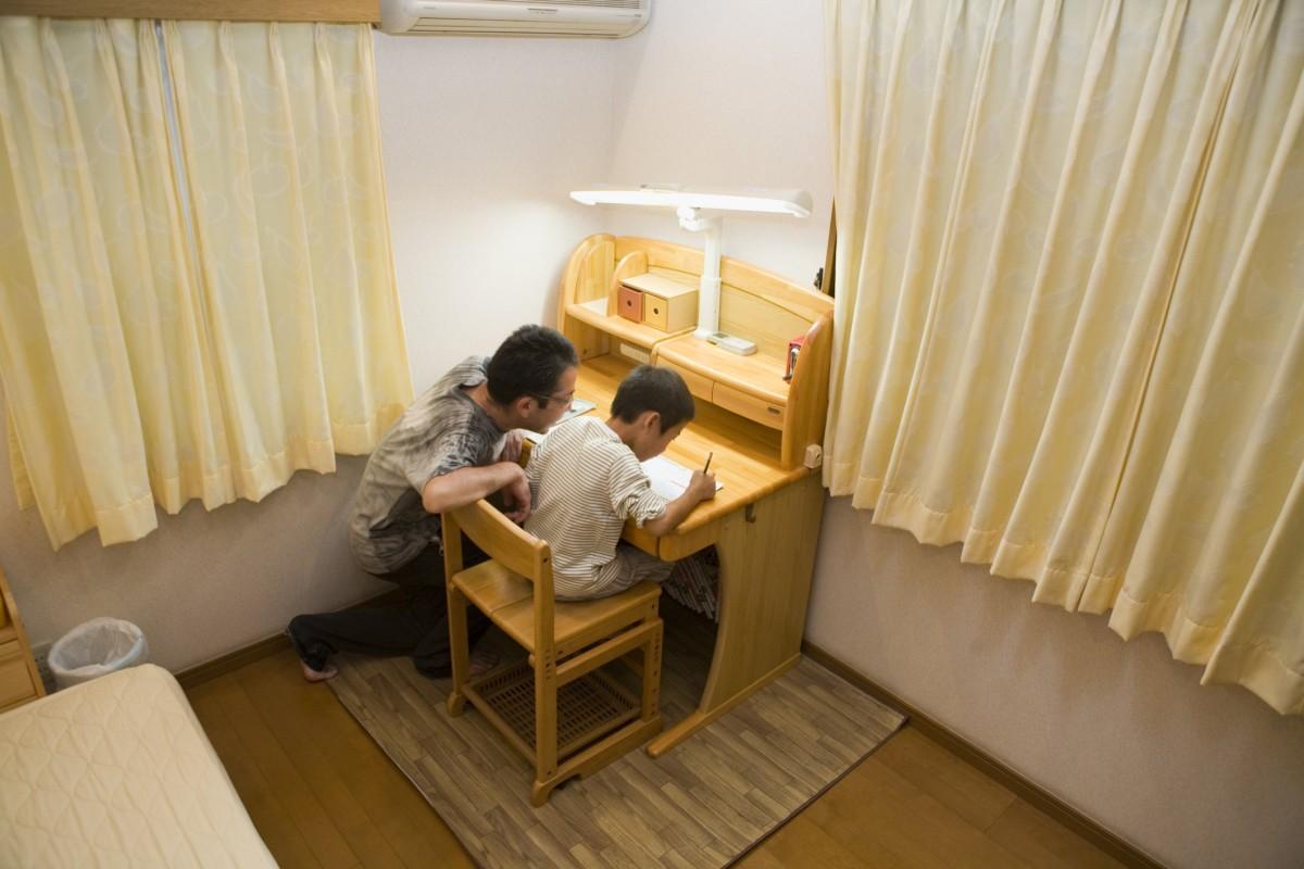 stůl pro děti