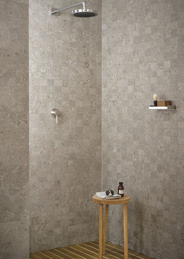 Série Mystone, to jsou různé povrchové struktury a široké spektrum formátů dlaždic, které umožňují kolekci využít v interiéru i exteriéru (a to i v prostorách vystavených vysokému zatížení). Kolekce kombinuje vzhled šesti přírodních kamenů a vyrábí se jako plně probarvené keramické slinuté dlaždice. Naleznete je v síti prodejen Koupelny Ptáček. FOTO MARAZZI